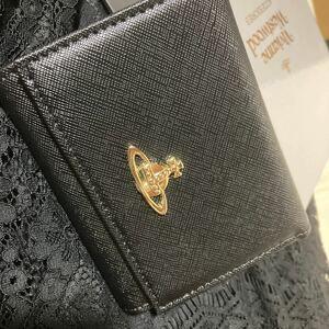 ヴィヴィアンウエストウッド ブラック 三つ折財布