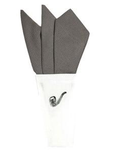 新品未使用 日本製 形態安定ポケットチーフ シルク シルバーグレー×ストライプ P59