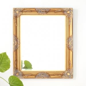 送料無料 壁掛けミラー 鏡 アンティーク調 ウォールミラー 57x67cm ゴールド おしゃれ ロココ調 インテリア 輸入家具 Q-MR-610