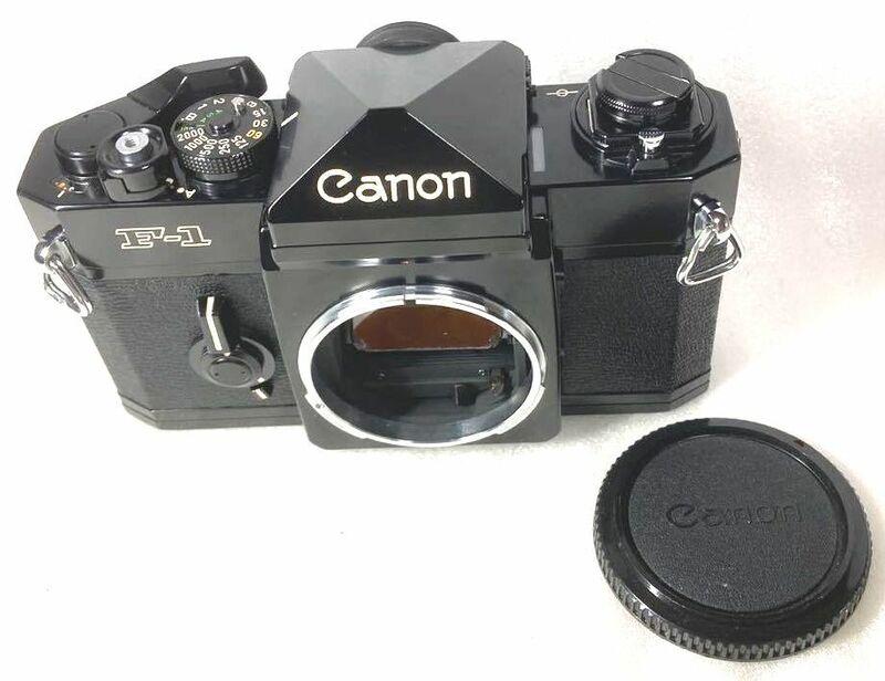 ★完動?極美品?かなり綺麗★Canon F-1 後期ボディ ボディキャップ付 レンズをセットして安心の動作確認済 かなり綺麗なワンオーナー品