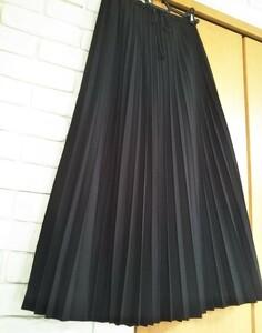プリーツロングスカート 黒色