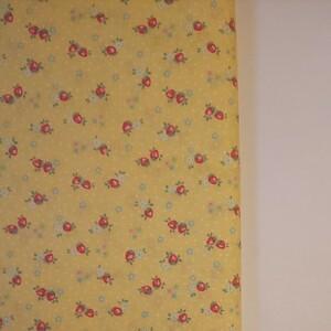 YUWA 松山敦子さん 30's Collection 綿100% ミニいちご柄 イエロー 生地巾約55cm×約50cm