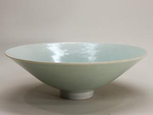 朝鮮焼 李朝 青磁 茶碗 象嵌花草文碗