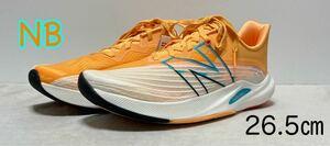 新品 ニューバランス ランニングシューズ フューエルセル レベルv2 26.5cm オレンジ