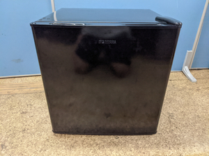 高年式[2020年製] アイリスオーヤマ 冷蔵庫 NRSD-4A-B 小型 42L 静音 1ドア ノンフロン 右開き 温度調節5段階 ブラック OS