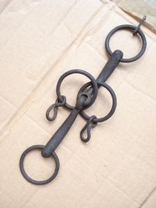 .馬具武具.轡.噛み.二重環.小紐通し付き.オブジエ応用器具.掛け吊るし金具.レターパック370円可能