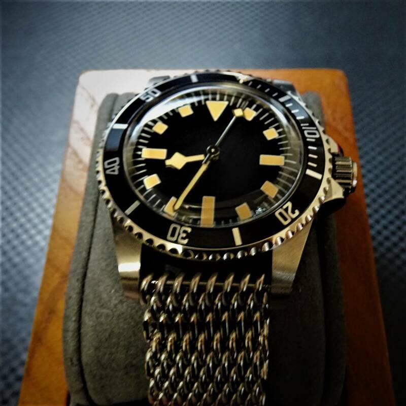 〓新品〓Automatic式腕時計〓アンティークイカサブダイバーブラックセラミックベゼルOEM製シャークメッシュステンレスベルトモデル〓