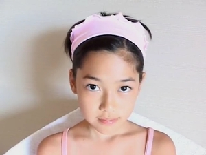 DL693 【美少女】 美咲あい (47分)