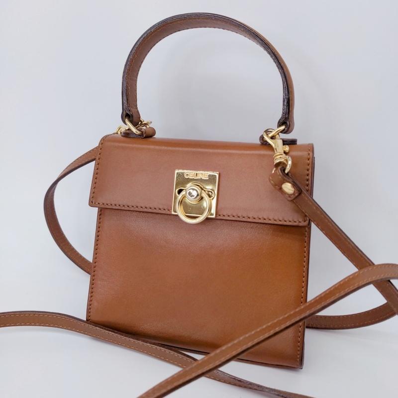 M806 1円 超美品 CELINE セリーヌ レザー サークル ロゴ金具 2WAY ミニ ハンド バッグ 茶色×ゴールド