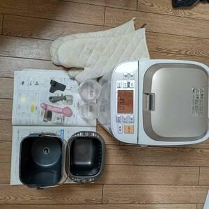 パナソニック ホームベーカリー 品番SD-BMS104 2011年製 一斤焼き用 起動品
