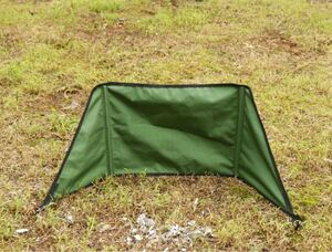 焚火陣幕 風防 ウインドスクリーン 焚き火リフレクター 帆布製 風よけ キャンプ タープ 軽量 コンパクト 収納袋付 sサイズ