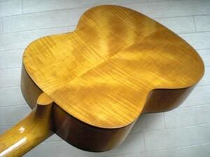 遂に放出!美術工芸品の様な凄まじい虎杢のジャパンヴィンテージ 1960年代のYAMAHA製 弦高2mmのガット No.45 完全レストア済