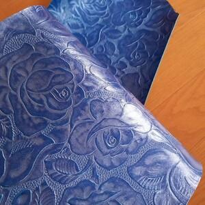 革ハギレ 薔薇型押し ブルーシルバー レザークラフト