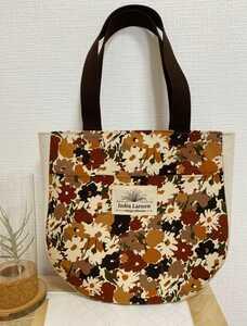 トートバッグ 丸底トートバッグ ハンドメイドバッグ 肩かけバッグ 布バッグ レディースバッグ インドラ・ラルセン 思い出の花畑柄