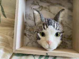 RYAN☆ハンドメイド ☆羊毛フェルト ☆猫☆サバトラ☆ねこ☆ブローチ