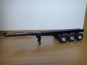 タミヤ 1/14 パネルバンセミトレーラー シャーシー3軸に改造 オートサポートレッグ付き ( スカニア / MAN / ベンツ / キングハウラー )