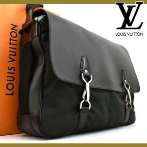 【極美品】 ルイヴィトン Louis Vuitton タイガ デルスー レザー メンズ ショルダーバッグ 斜めがけ メッセンジャー 鞄 M30164 定価約18万