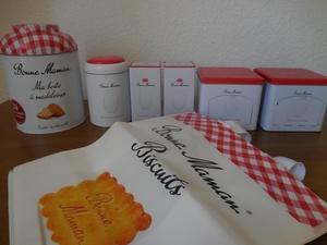 フランス☆【Bonne Mamanのいろいろな缶&エコバッグ】 ボンヌママン フランスからの発送送料(追跡・補償付き) 5800円 フレンチ雑貨