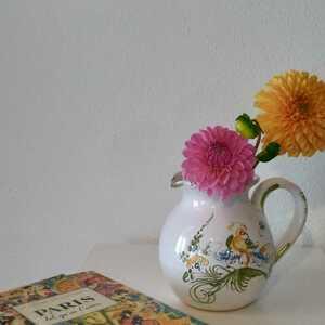 フランスブロカント購入 Moustiers ムスティエ焼き ポット 水差し ピシェ 花器 花瓶 ハンドペイント 海外発送(送料2200円)