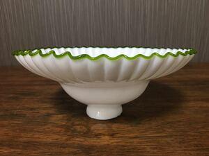 電笠 フリル ガラス ランプシェード 白乳ガラス 照明 アンティーク 昭和 レトロ 大正ロマン