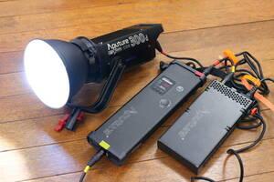 アプチャー Aputure LS C300d CRI 95 TLCI 96 LED定常光ビデオライト プロ 48000 LUX @ 0.5m 色温度5500K 照明
