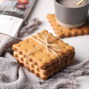 コースター 木製 ビスケット ブナ 耐熱 おしゃれ 天然 木 キッチン