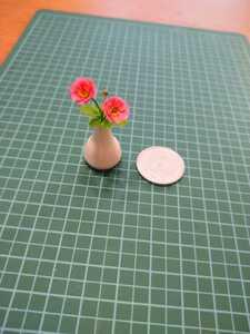 mame 樹脂粘土 ミニチュア 秋明菊 シュウメイギク シルバニア ドールハウス プチブライス リカちゃん momoko 花瓶 リーメント