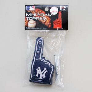 フォーム フィンガー ニューヨーク ヤンキース アンテナトッパー アンテナボール 車 目印 カスタム USA 野球 応援 グッズ 定形外