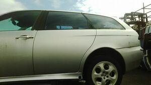 ■アルファロメオ 156 SW スポーツワゴン リアドア 左 中古 60662740 部品取あり ガラス 内張り トリム レギュレーター モーター ロック■