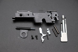 東京マルイ M45A1ブラックモデル シャーシ+内部パーツセット