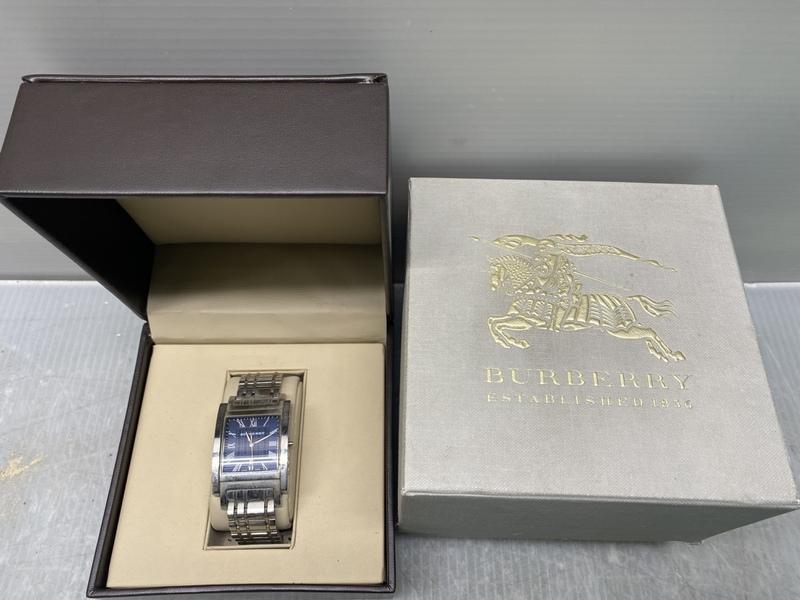 バーバリー/BURBERRY【BU1551】男性用腕時計/ヘリテージ クロノグラフ スクエア ネイビーブルー(中古品)
