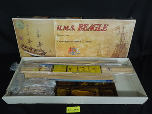 ★04-042★船の模型 H.M.S BEAGLE ビーグル号 模型 製作途中品の為、欠品の可能性有り 木製帆船模型/イギリス海軍【ジャンク品】
