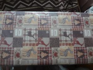 新品。かわいいクリスマス柄の包装紙、5枚セット、ラッピングペーパー、トナカイ