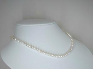 本真珠ネックレス(湖水)5.0~5.5mm(小粒)☆高級☆新品