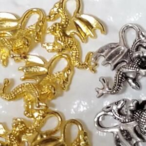 ドラコン 龍 チャーム セット ゴールドカラー&シルバーカラー 匿名配送 ハンドメイド オルゴナイト レジン素材 アクセサリー
