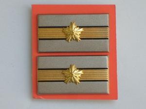 襟章 【 警察 階級章 巡査 警視庁型 】 未使用品