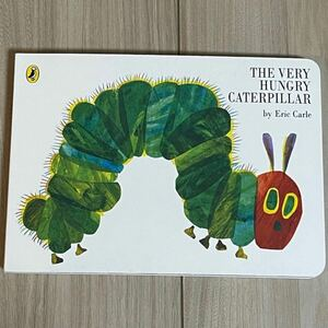 新品英語絵本 しかけ絵本 The very hungry caterpillar