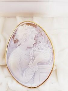 特大シェルカメオ K18YG ブローチ ペンダントトップ 作家物 刻印あり 美しい女性像 約26.7g 約76mm~58mm 良品(G8895)