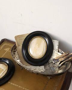 jf02238 仏国*フランスアンティーク*雑貨 オーバルフレーム フォトフレーム ブラックペイント 壁掛け写真掛け ドーム型ガラス 木製フレーム