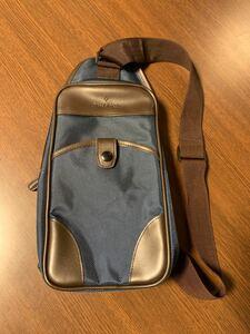 ショルダーバッグ メンズ バッグ リュック コンパクト シンプル ボディバッグ ワンショルダー メンズバッグ 斜め掛け 肩掛け