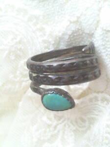 インディアンジュエリー●いぶし銀蛇ターコイズ指輪リング●銀刻印有シルバージュエリー●かなり古い年代物ヴィンテージ品アンティーク送無