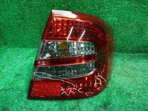 プレミオ CBA-ZZT245 右テールランプ/テールライト 1F7 コイト 20-442 81550-20A00 X Lパッケージプライム 4WD