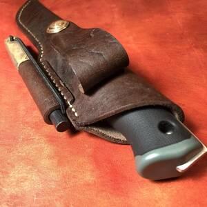 ナイフ用シース36 ファイヤースターター付き ハンドメイド 本革 UF ブッシュクラフトナイフ / モーラ ナイフ 等に マナブキャンプ