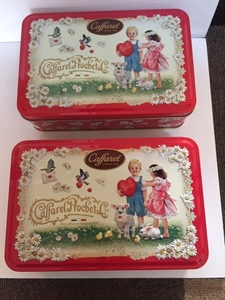 ☆2個出品☆お菓子の空き缶☆イタリア輸入菓子☆カファレルチョコレートボックス☆2箱一緒に出品☆