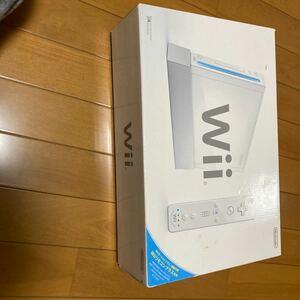Wii (ウィー) シロ [Wiiリモコンプラス同梱]