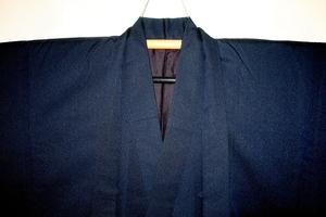 弐5775 本絹西陣織お召 男着物羽織 裄65丈142К濃紺の緞子織 大物絶品 茶人好み これがお召 細身