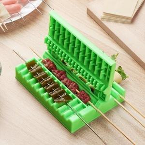 OST48 バーベキューで大活躍☆簡単串焼きメーカー2個セット♪レジャー キャンプ アウトドア 焼き鳥 食材 野菜 肉 串刺し ボックス