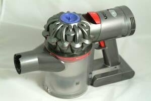ダイソン(Dyson)V7 SV11 サイクロン掃除機バッテリー付き。モーター回りました。クリアビン水洗い洗浄しました。