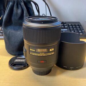 Nikon AF-S MICRO NIKKOR 105mm F2.8 G ED VR