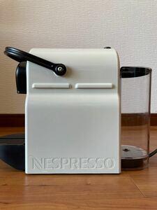 ネスプレッソ コーヒーメーカー イニッシア ホワイト C40
